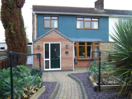3 Bedrooms Semi Detached House for sale in A rare unique opportunity to acquire this lovely 3 bedroom Semi Detached House for sale in Countryside location near sought after Market Harborough f