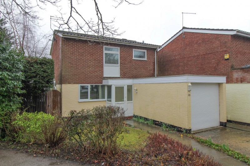 3 Bedrooms Detached House for rent in Rookes Close, Letchworth Garden City