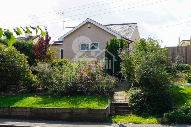 4 Bedrooms Detached Bungalow for sale in Colchester Road, Halstead, Essex