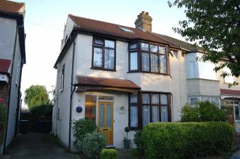 4 Bedrooms Semi Detached House for sale in Morley Hill