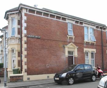 2 Bedrooms End Of Terrace House for sale in Derby Road, North End, Portsmouth, PO2 8HW