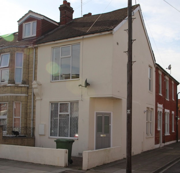 2 Bedrooms End Of Terrace House for sale in Glenthorne Road, Copnor, Portsmouth, PO3 5DL