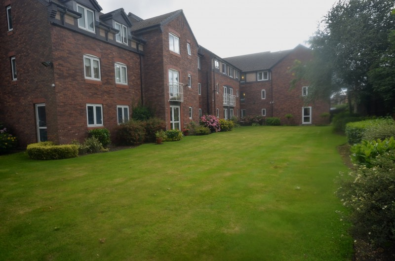 1 Bedroom Apartment Flat for sale in Mayfair Court, Park Road