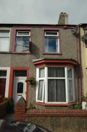 2 Bedrooms Terraced House for sale in 48 Prince Street