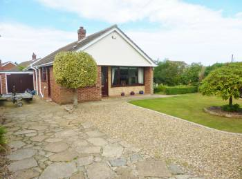 3 Bedrooms Detached House for sale in Penn Road, Taverham