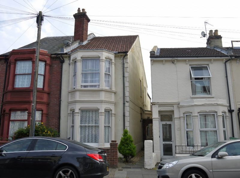 1 Bedroom End Of Terrace House for sale in Pitcroft Road Portsmouth PO2 8BE