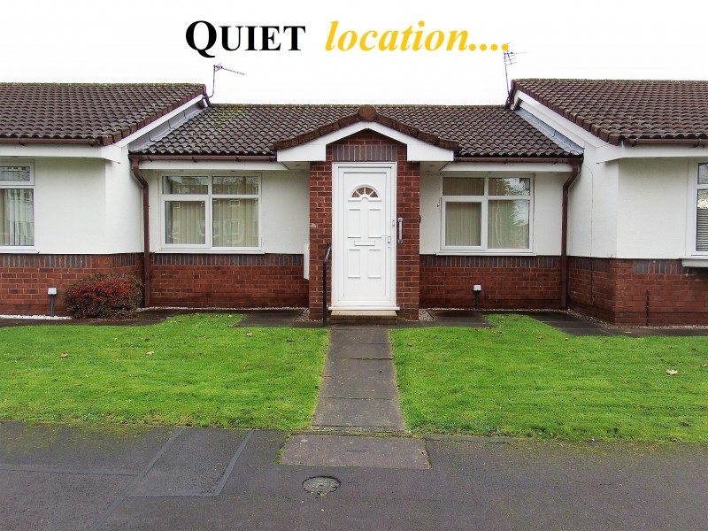 2 Bedrooms Bungalow for sale in Burnfell Lowton /Warrington