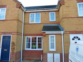 2 Bedrooms Terraced House for sale in Walsingham Drive, Thorpe Marriott