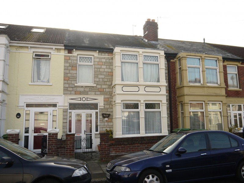 3 Bedrooms Terraced House for sale in Ebery Grove Baffins Portsmouth PO3