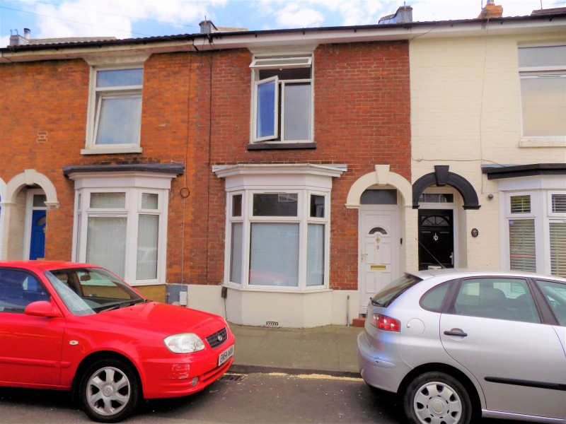 2 Bedrooms Terraced House for sale in Stirling Street Portsmouth PO2