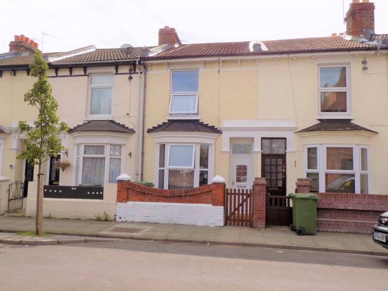 2 Bedrooms Terraced House for sale in Wymering Road Portsmouth PO2