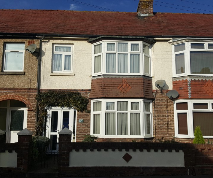 3 Bedrooms Terraced House for sale in Northwood Road, Hilsea, Portsmouth, PO2 9QT