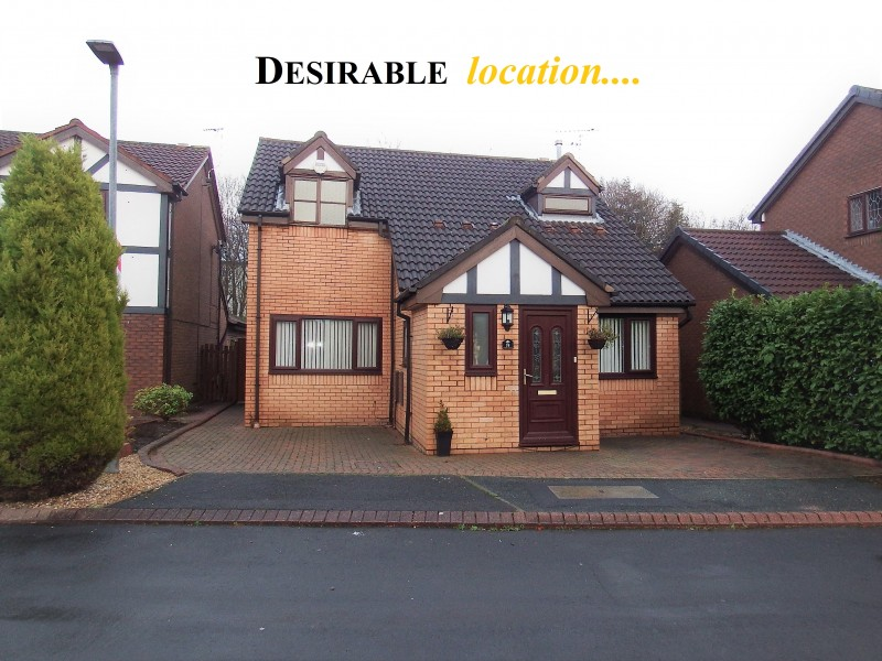 3 Bedrooms Detached House for sale in Hallworthy Close Leigh Greater Manchester
