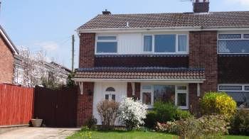 3 Bedrooms Semi Detached House for sale in Ullswater Road