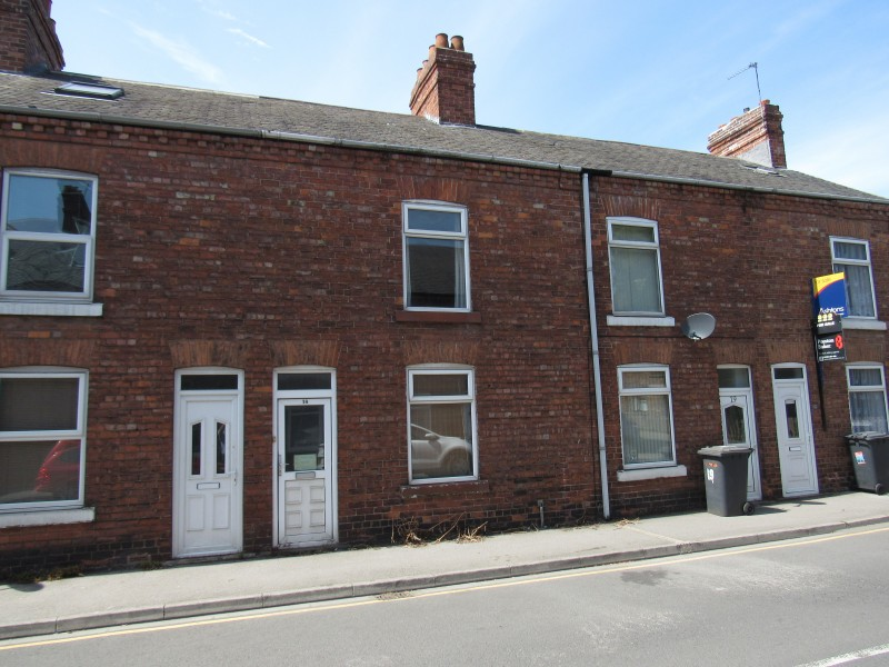 2 Bedrooms Terraced House for sale in Nalton Street, Selby